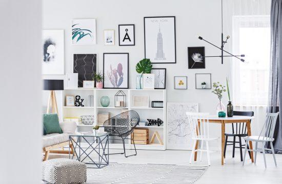 wall colors - ładne tapety w salonie